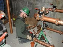 Gilbert AZ plumber performs repairs